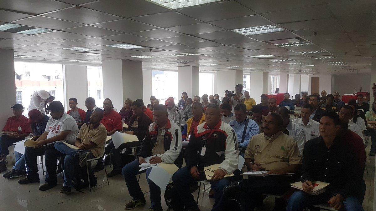 Clase obrera prepara detalles para Encuentro Nacional de Sistema de Empresas RONCA