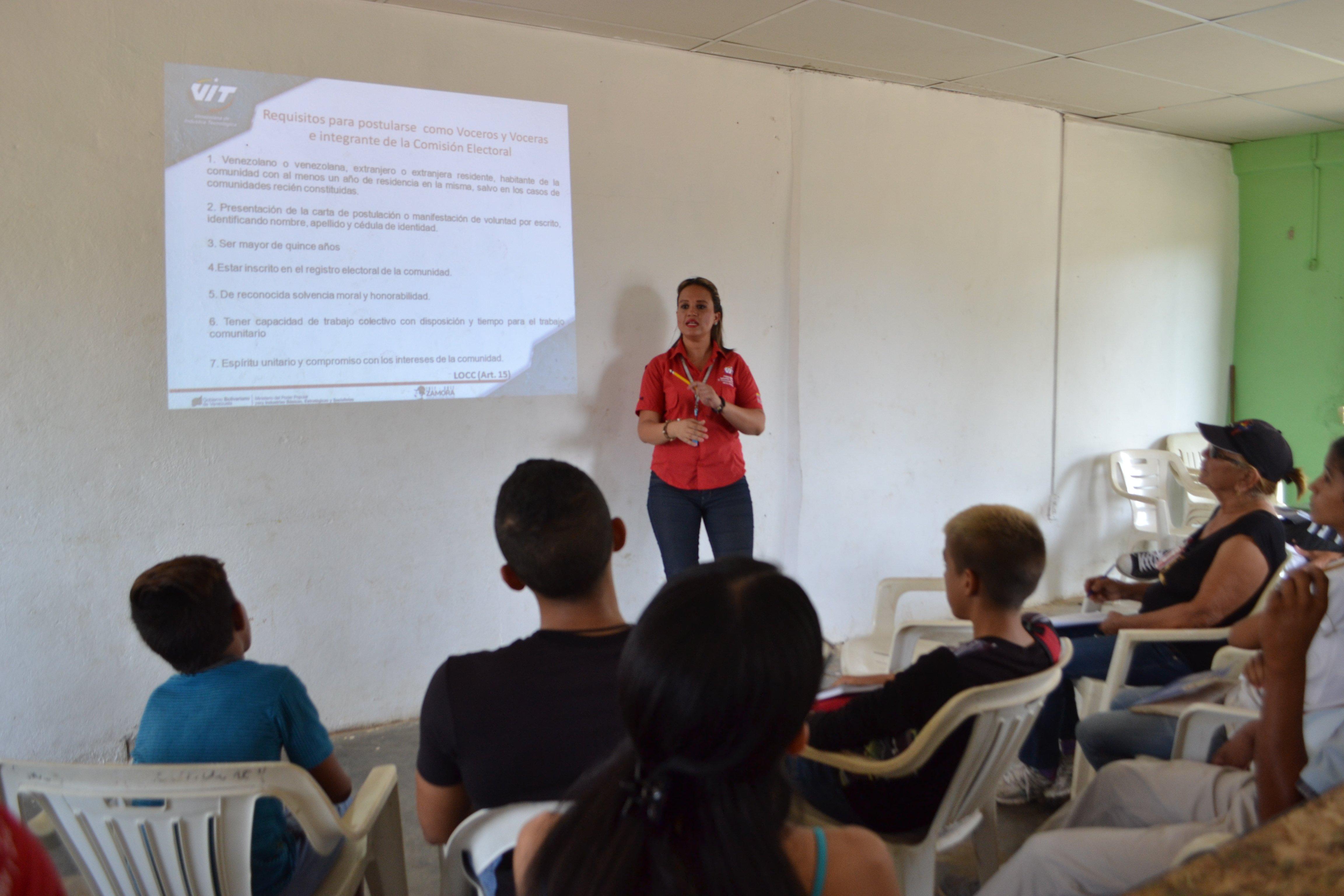 Tecnología Educativa Comunal llega al sector Las Margaritas
