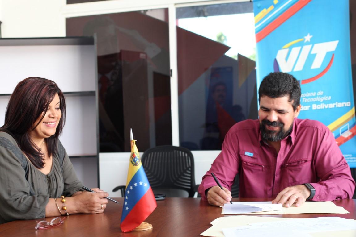 Acuerdo suscrito entre INCES – VIT permitirá seguir capacitando a trabajadores de la fábrica.