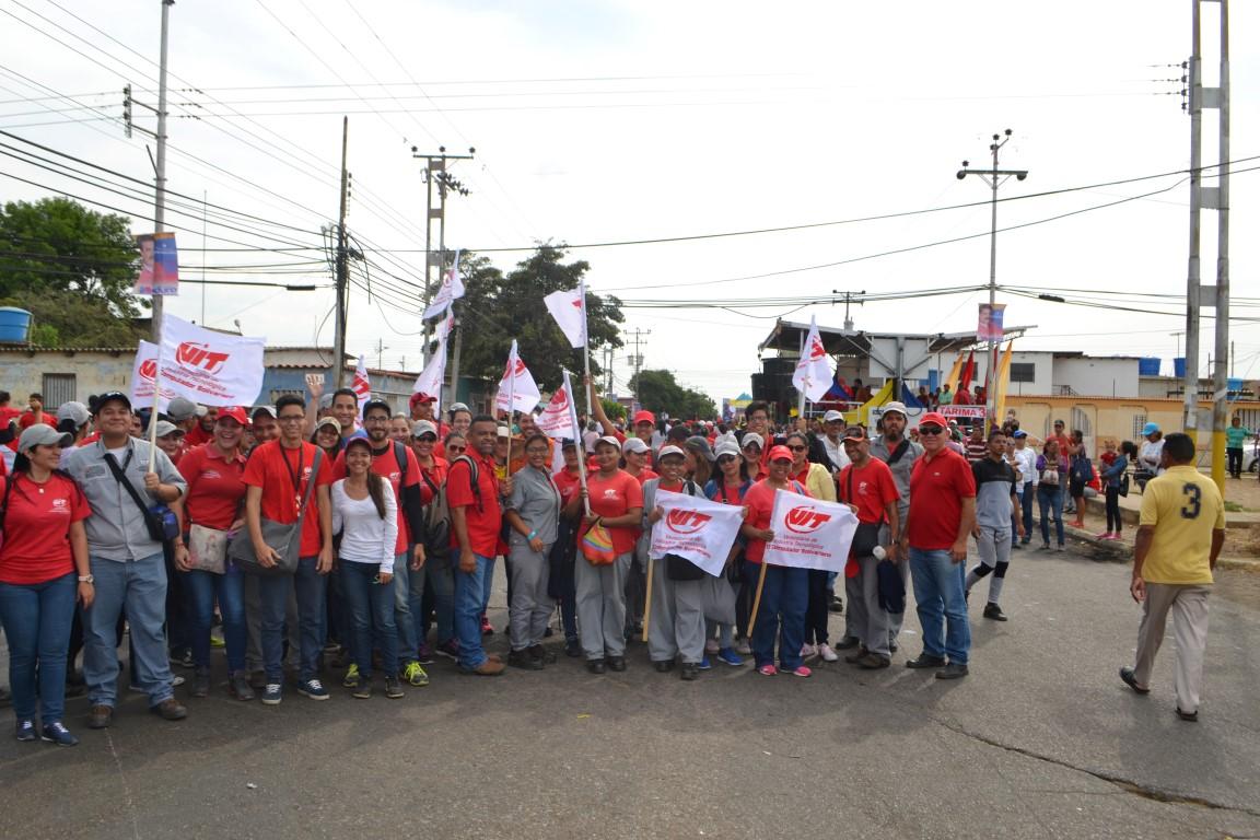 Clase trabajadora de VIT dijo presente en concentración de apoyo al presidente Nicolás Maduro